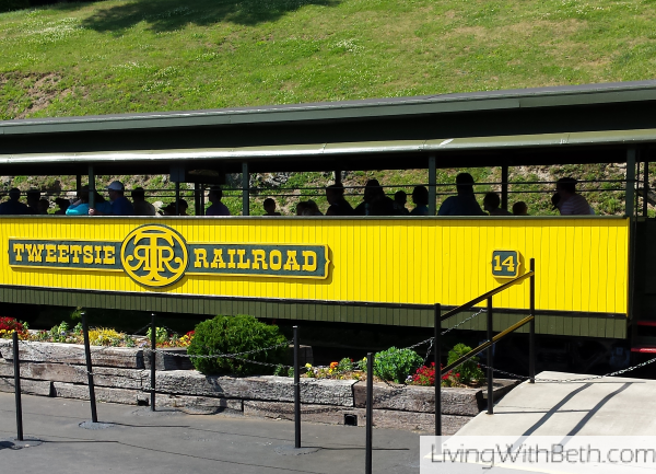Our trip to the NC mountains and #Tweetsie Railroad amusement park #blueridgemountains