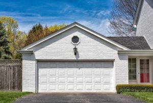 What You Need to Know Before Purchasing a Rolling Garage Door