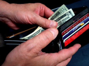 Monthly Cash Savings Challenge for October: Lower Your Mobile Phone Bill