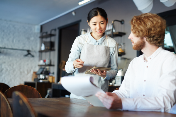 If you eat in a sit-down restaurant, you probably don't spend a lot of time thinking about the waiter or waitress serving your food. Here's what he/she wants you to know.